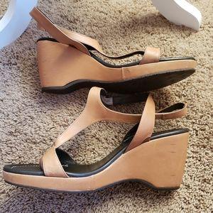 Donald J Pliner Vage Wedge Sandals Size 10